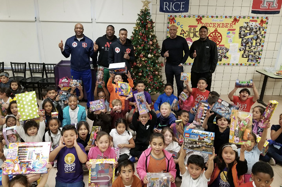 Errol Spence Jr. & Trainer Derrick James Host Holiday  Toy Drive For Underprivileged Dallas-Area Youth