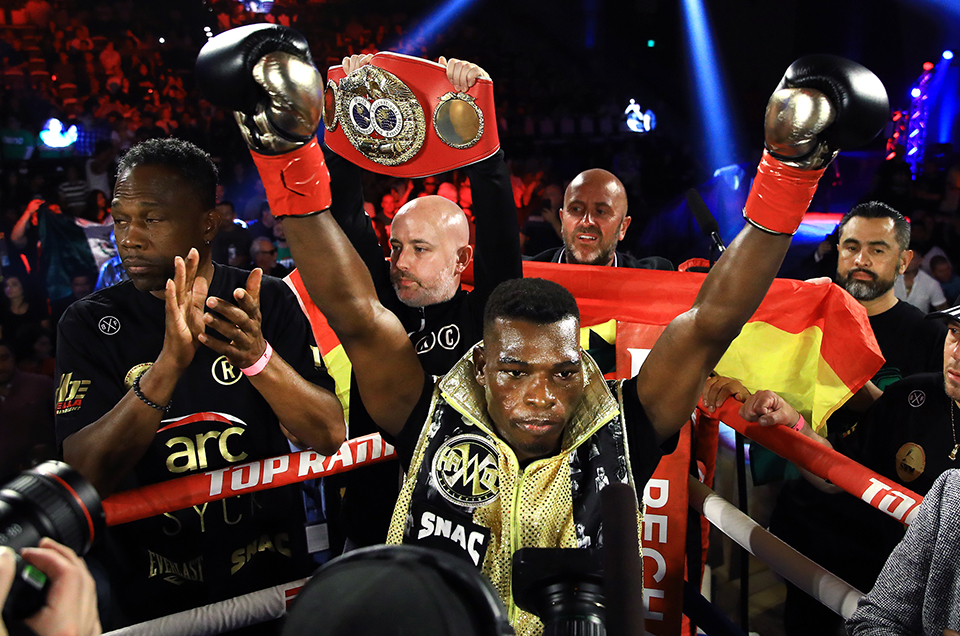 RICHARD COMMEY SHINES IN FIRST WORLD TITLE DEFENSE WITH KNOCKOUT OF RAY BELTRAN