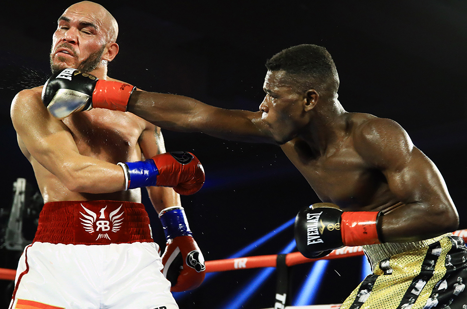Lightweight Thunder: Commey Stops Beltran in 8
